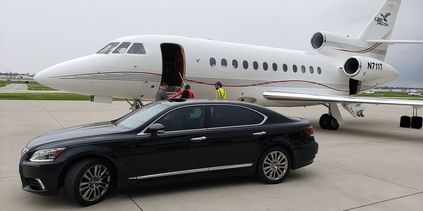 BLACK LIMO GROUP Airport Limo Services Wisconsin & Illinois